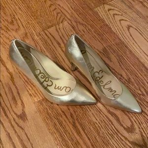 Brand new GOLD Sam Edelman heels